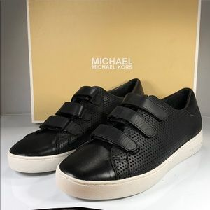 [189] MICHAEL Michael Kors 8 M Leather Sneakers